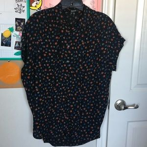 MW central flower shirt